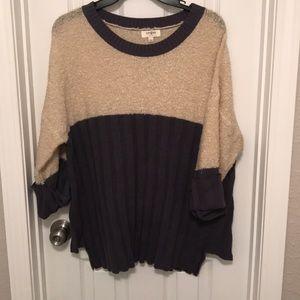 Umgee Sweater Size Large